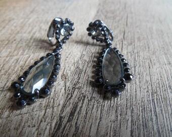 Vintage Avon Clip-On Drop Earrings