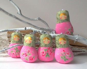 Babushka doll ornament, matryoshka dolls x5 set. Roses pattern cloth.  Bright little cuties for play and home decor. Nice gift for anybody.