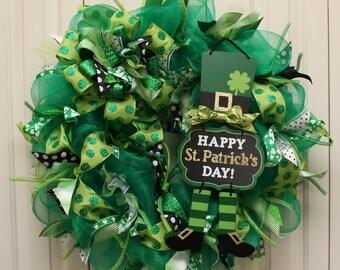 St. Patrick's Day Sparkle Deco Mesh Wreath.  Leprechaun Glitter St. Patrick's Day Decor.  St. Patrick's Day wreath.
