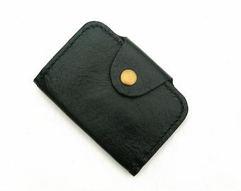 Key wallet. Leather key wallet. Black leather key wallet. Key holder. Ticket holder. Card holder. Oyster card holder. Metro card holder
