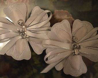 LOT OF 10 Confetti Flower with Communion Charm, Almond Favors, Bomboniere, Italian favors, Jordan almonds flowers, Koufeta, Favours