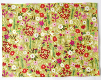 Organic Cloth Place Mats - Sets of 2 - Green Red Pink and White Flowers -  Reversible