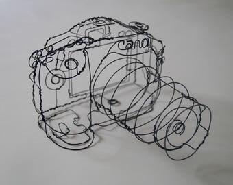 Wire Sculpture of a DSLR Canon camera