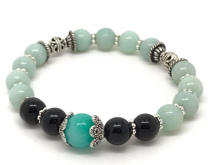Light green black bracelet, stretch bracelet, black green bracelet, green bracelet, black light green bracelet