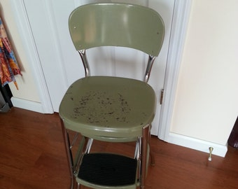 Vintage 1950's Cosco Stool - Step stool - Kitchen stool - Pull Out Steps