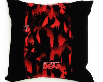 Zombie Pillow, Walking Dead Pillow, Zombie Décor, Zombie Apocalypse, Zombie Bedding, Walking Dead Bedding, The Walking Dead Pillow, Walkers