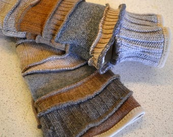 Katwise inspired lined Armwarmers / wristwarmer / fingerless gloves in sand and grey wool