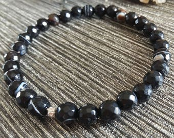 Black Agate Bracelet, Banded Agate, Black Agate Stretch Bracelet, Beaded Bracelet, Gemstone Bracelet, Stacking Bracelet