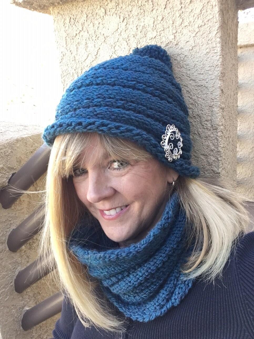 One Row Hat - a loom knit pattern