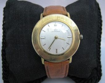 Retro Bucherer Mechanical Hand Wind Watch in Gold tone