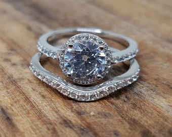 Limited Time Sale 2 Carat Diamond Simulant Women Bridal Wedding Ring Set with Engagement Ring and Band in Sterling Silver