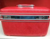 Vintage Samsonite Bright Red Royal Traveler Hard Shell Train Suit Case Luggage Carry On Cosmetic Suitcase w Mirror Make Up Storage Excelent