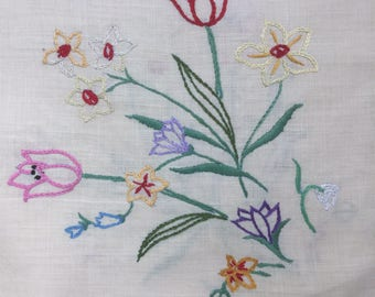 vintage embroidered floral linen tablecloth