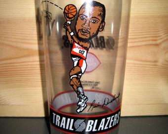 Vintage '91-'92 Kevin Duckworth Portland Trailblazers Glass