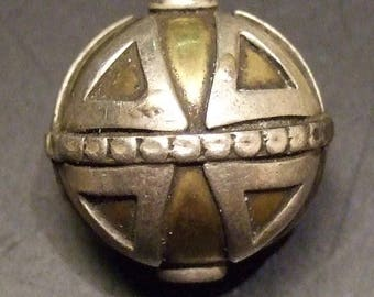 Antique Indian Silver and brass bead, 19 mm. (BdIndia5)