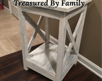 Rustic Farmhouse Style End table/night stand