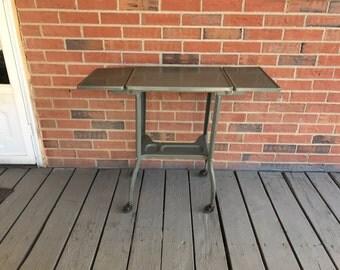 Vintage Rolling Metal Typewriter Table Industrial Grey Bar Cart Display Plant Stand Side Table