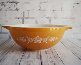 Pyrex Butterfly Gold Cinderella Mixing Bowl #444, 4 Quart, TwoAvailable, Vintage Pyrex Mixing Bowl