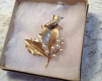 Crown Trifari Golden Holly Leaves Brooch with Faux Pearl Berries, Brushed Gold Tone Leaves with Intricate Edges and Delicate Veining.