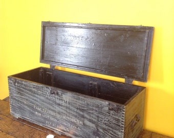 Father's day gift. Vintage wooden storage chest. Bench. Military trunk. Old wooden box. Antique chest. Vintage trunk. Military box. Toy ches