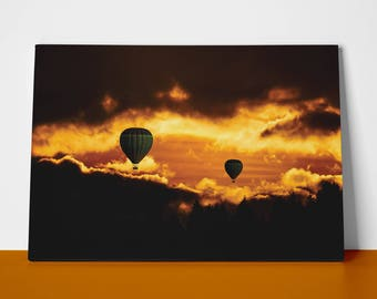 2 Ballons under the Evening Sky  | Mirror Wrap Professional Canvas