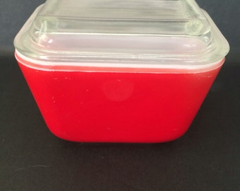 Vintage Red Pyrex Refrigerator Dish