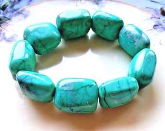 Vintage Chunky Green Turquoise Nugget Bead Stretch Bracelet