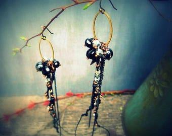 N O I R - long crocheted earrings, boho style, gala time, black and gold
