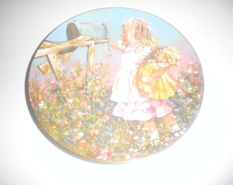 Vintage 1981 Stars Summer by Jessica Zemsky 8 1/4 inch collectable plate.