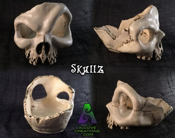 Alcove: Skullz in - you pick the color!