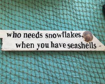 Beach decor, snowflakes, Steve shells, Driftwood, Beachhouse, beach Christmas,m