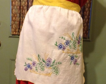 Vintage White Half Apron featuring Yellow Waistband and Ties / Embroidered Flowers