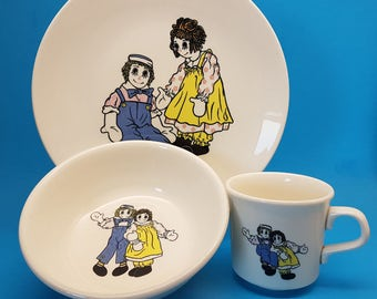 RARE Raggedy Ann and Andy Children Set by Taylor Smith and Taylor, Plate, Bowl and Mug