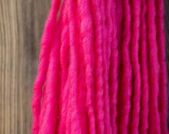 Raspberry Fat Single Spun Yarn