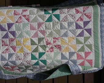 Quilt, pastel colors and white, triangles