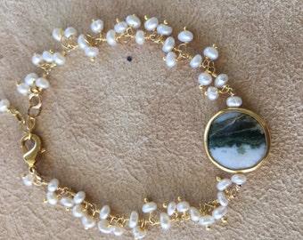 Fresh water pearl and pendant bracelet