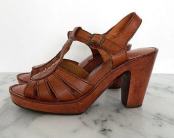 1970's T Strap Wood Platform Leather Sandals Brown Woodworks Thom Mc An