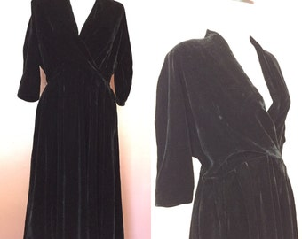 1950s saks fifth avenue velvet party dress/50s velvet dress/medium