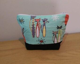 Retro Print Cosmetic Bag
