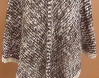 New, exclusive, 100% Alpaca wool, hand knitted, Poncho, cloak, cape, andean, soft, warm, winter, andes, hand woven, rustic, one of a kind b