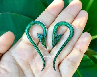 "Emerald Green Dichroic Glass South Pacific Islands Tribal Fish Hooks 10g 8g 6g 4g 2g 0g 00g 7/16"" 1/2"" 9/16"" 5/8""  3 mm 4 mm 5 mm  - 16 mm"