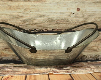 Vintage metal basket, newborn metal basket, newborn prop, twins basket props