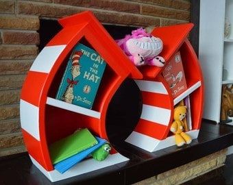 2' Cat In The Hat Bookcase / Dr Seuss Bookshelf / Whimsical Bookcase / Alice in Wonderland Furniture / Dr Seuss Bookcase / Tabletop decor
