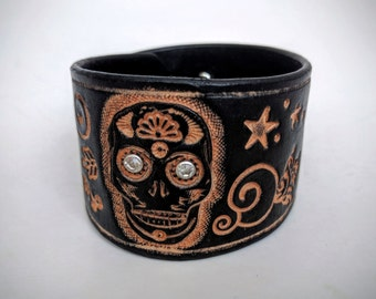 Sugar Skull Leather Bracelet | Day of the dead, Sugar Skulls Bracelet, Cuff Bracelet, Leather Cuff, Sugar Skull Jewelry