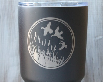 SALE-30 Ounce Tumbler Duck Hunting-Black, Teal Blue or Red Textured Powder Coated 30 oz Tumbler-Laser Engraved Duck Hunter Tumbler-Tumbler