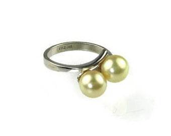 Vintage Sterling Silver Pearl Ring