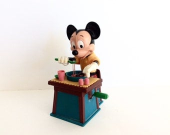 Vintage 1960's Mickey Mouse Eating Spaghetti Mechanical Wind Up Toy, Collectible Mid Century Toys, 1960's Toys, Old Wind Up Toys, Hong Kong