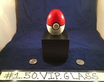 Free Gift & Shipping Red PokeEgg Original Pokemon Style egg 3pc Herb Grinder Pokeball + Free Gift Box