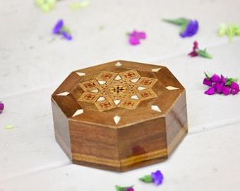 NEW! Handcrafted Medium hexagonal inlaid wood box