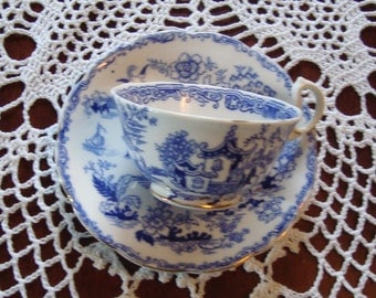 1920's Blue Willow - Vintage Tea Cup and Saucer by Royal Albert